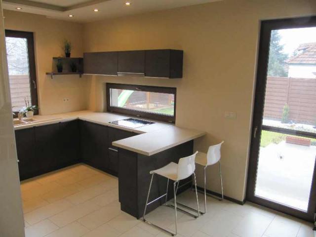 Eladó családi ház, Bács-Kiskun megye, Kecskemét, 39.9 M Ft, 117 m²